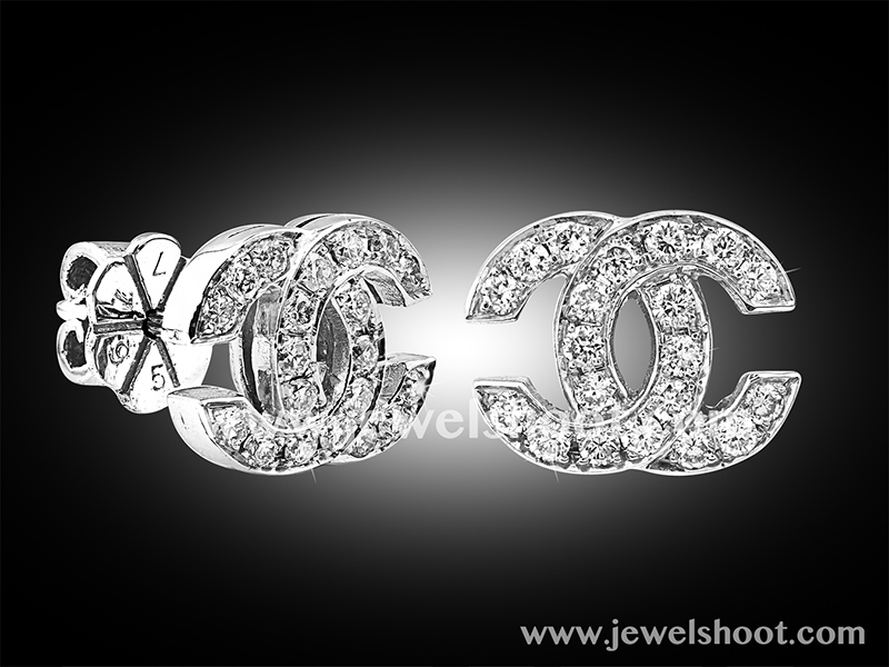 Diamond earring 13